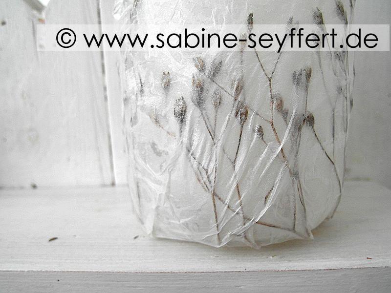 diy windlicht f r den herbst basteln mit naturmaterial upcycling aus alten marmeladengl sern. Black Bedroom Furniture Sets. Home Design Ideas