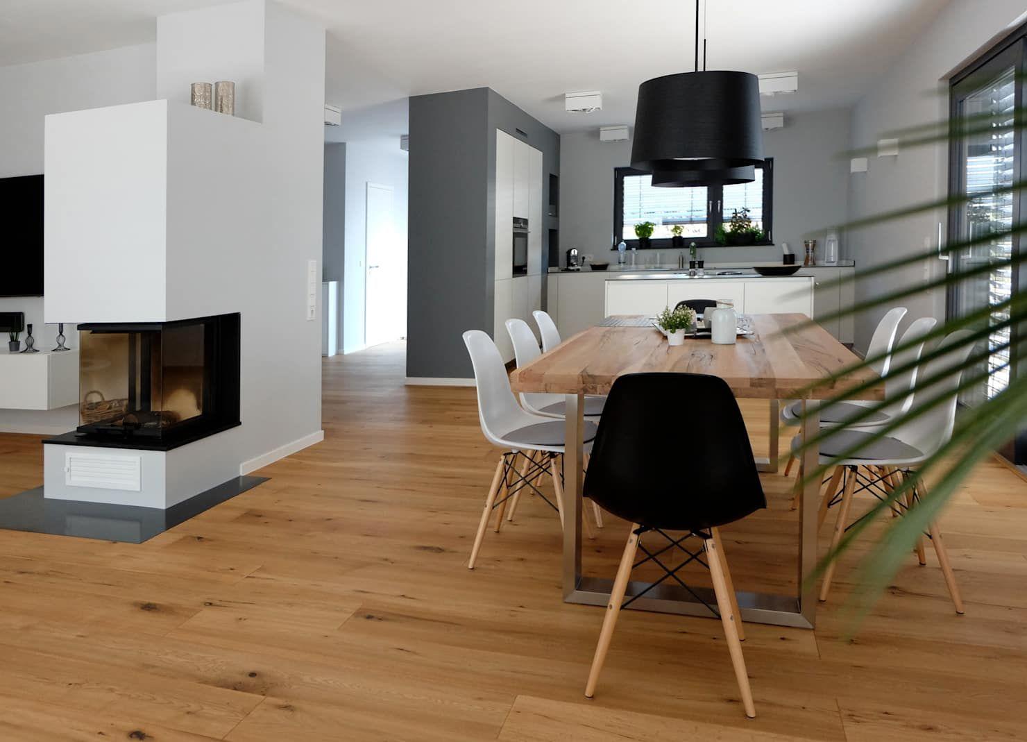 Photo of Vida abierta en el primer piso comedor moderno por resonator coop architecture + design modern | homify