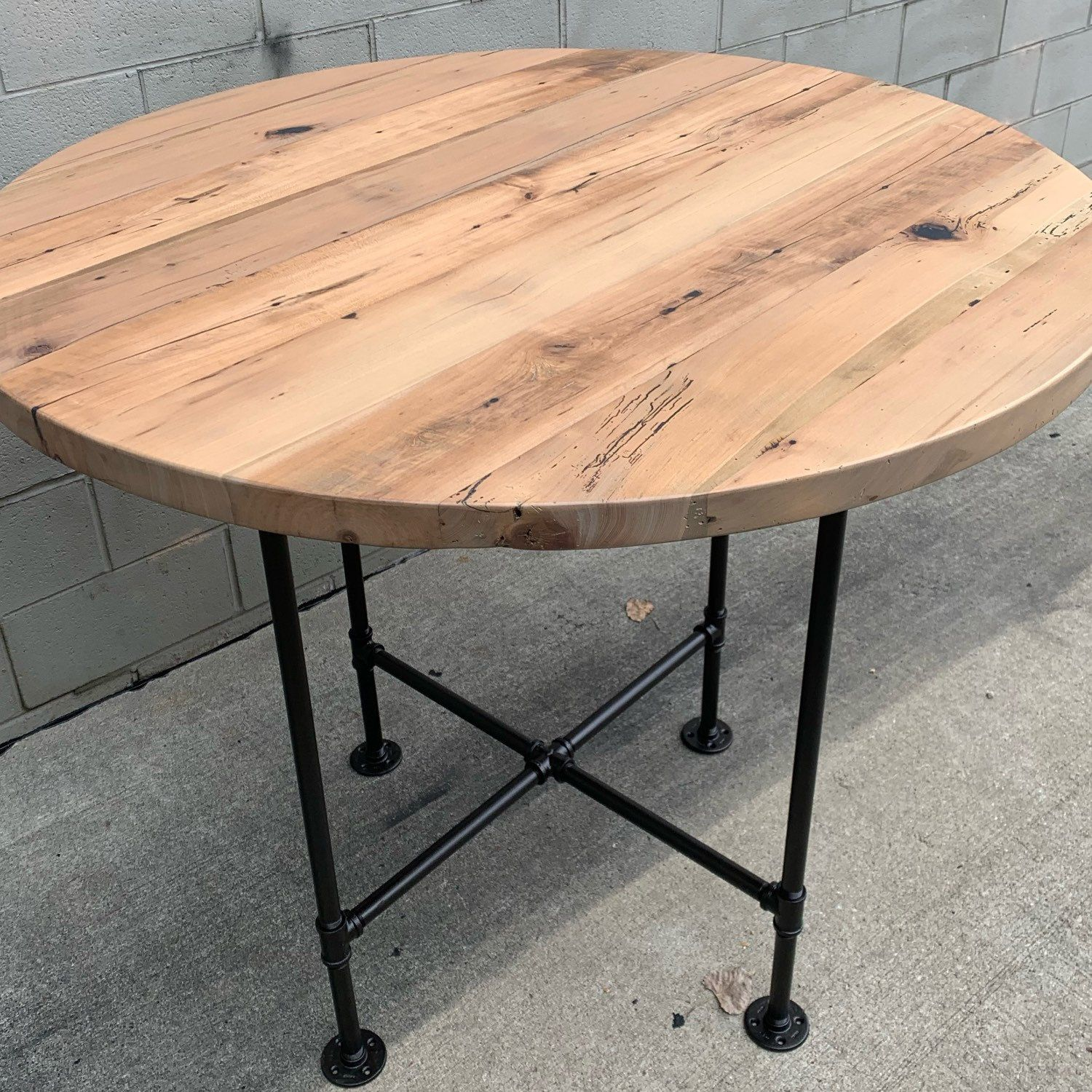 Reclaimed Barnwood Round Table Dinner Dinning Restaurant Etsy High Top Dining Table Dining Table High Top Table Kitchen [ 1500 x 1500 Pixel ]