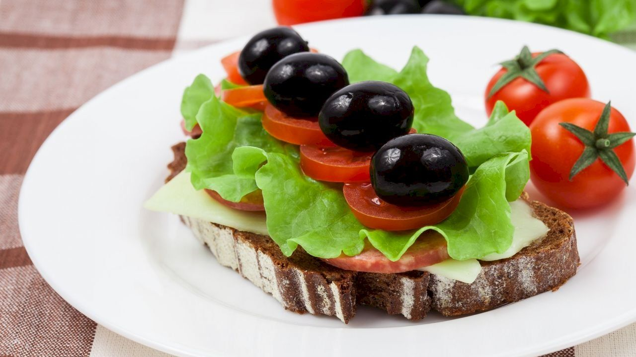 اكل سريع التحضير Eating Fast Eat Avocado Toast