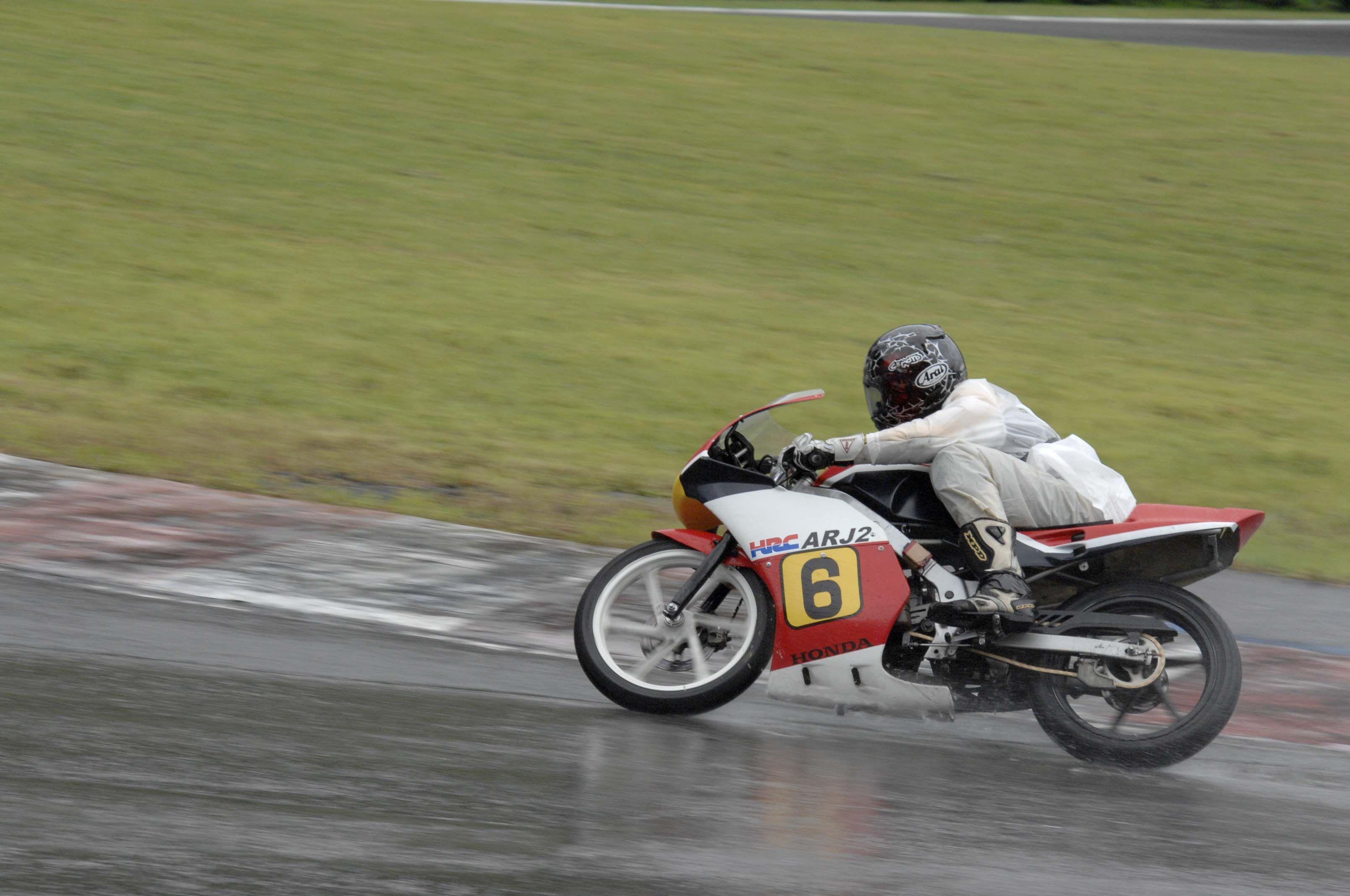 matelica7.com/... #ミニバイク #サーキット #レース #ヒーローしのいサーキット #80's #cafe racer #max10group #カフェレーサー #バイク女子 #cub race