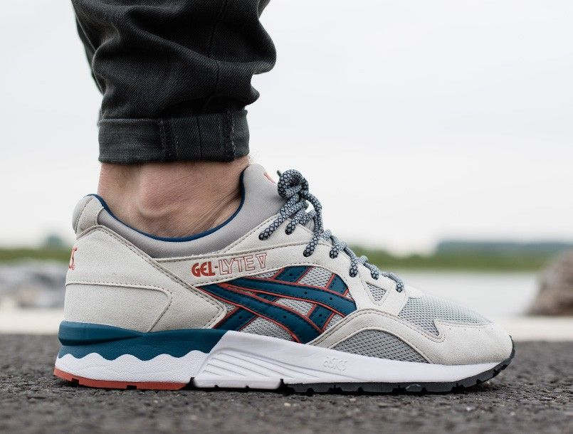 new styles 940eb 1c82f Asics Gel-Lyte V light grey legion blue | BijSMAAK.com ...