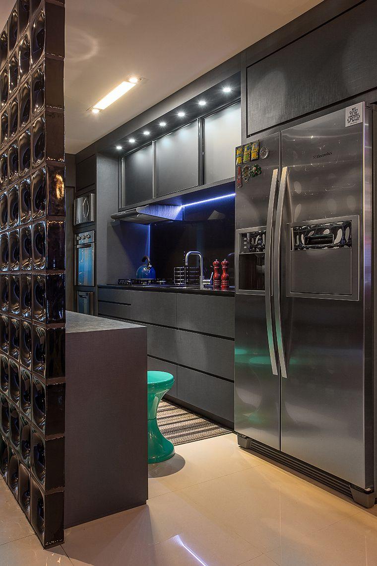 Apartamento jovem e sofisticado pra quem ama preto | Apartamentos ...