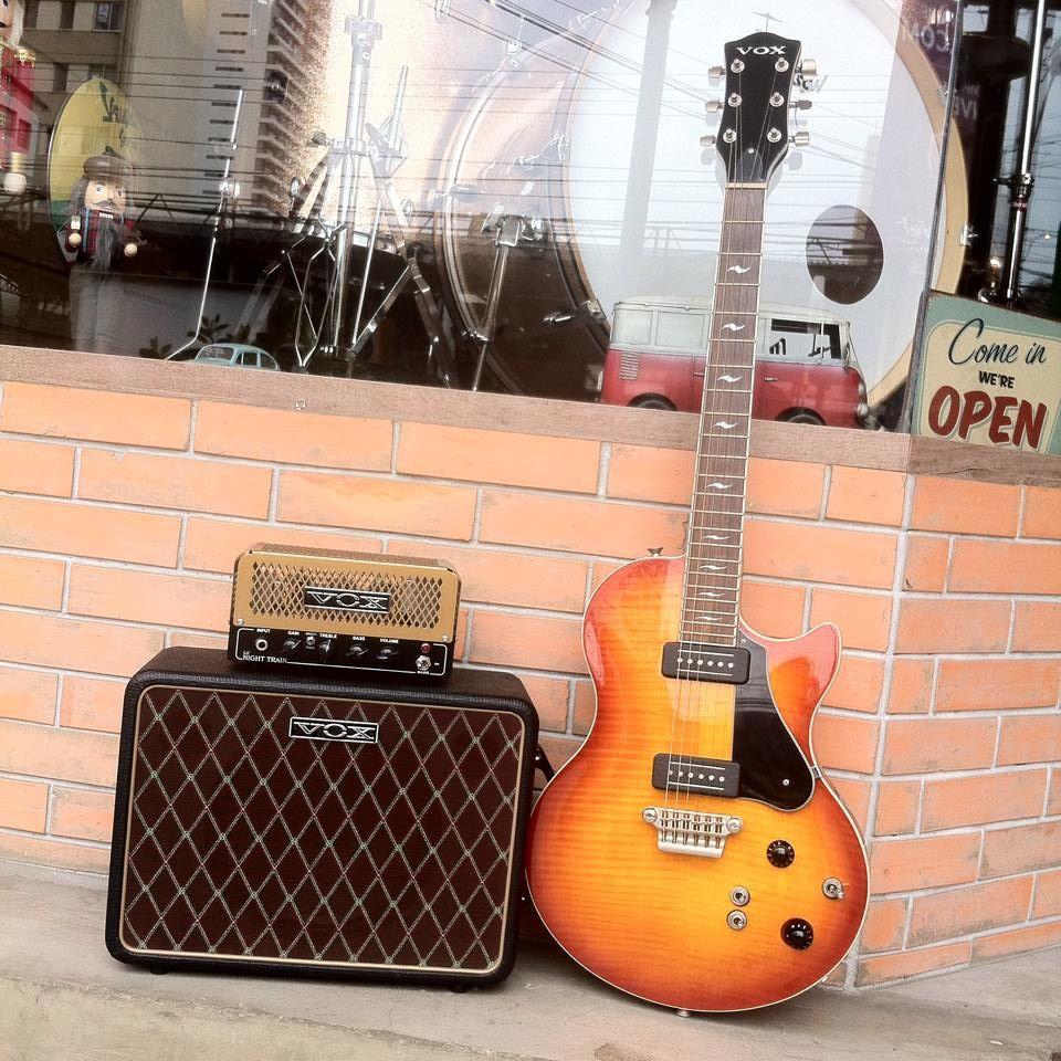Guitarra Vox 55 Series Single Cutway