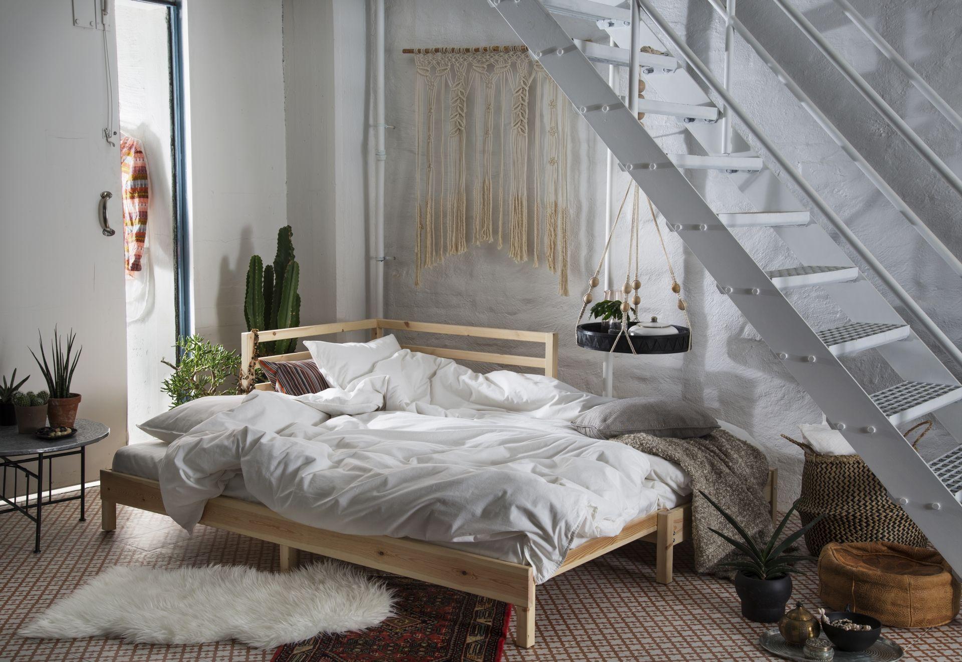 Hay habitaciones bonitas hasta con la cama sin hacer.   Dormitorios ...