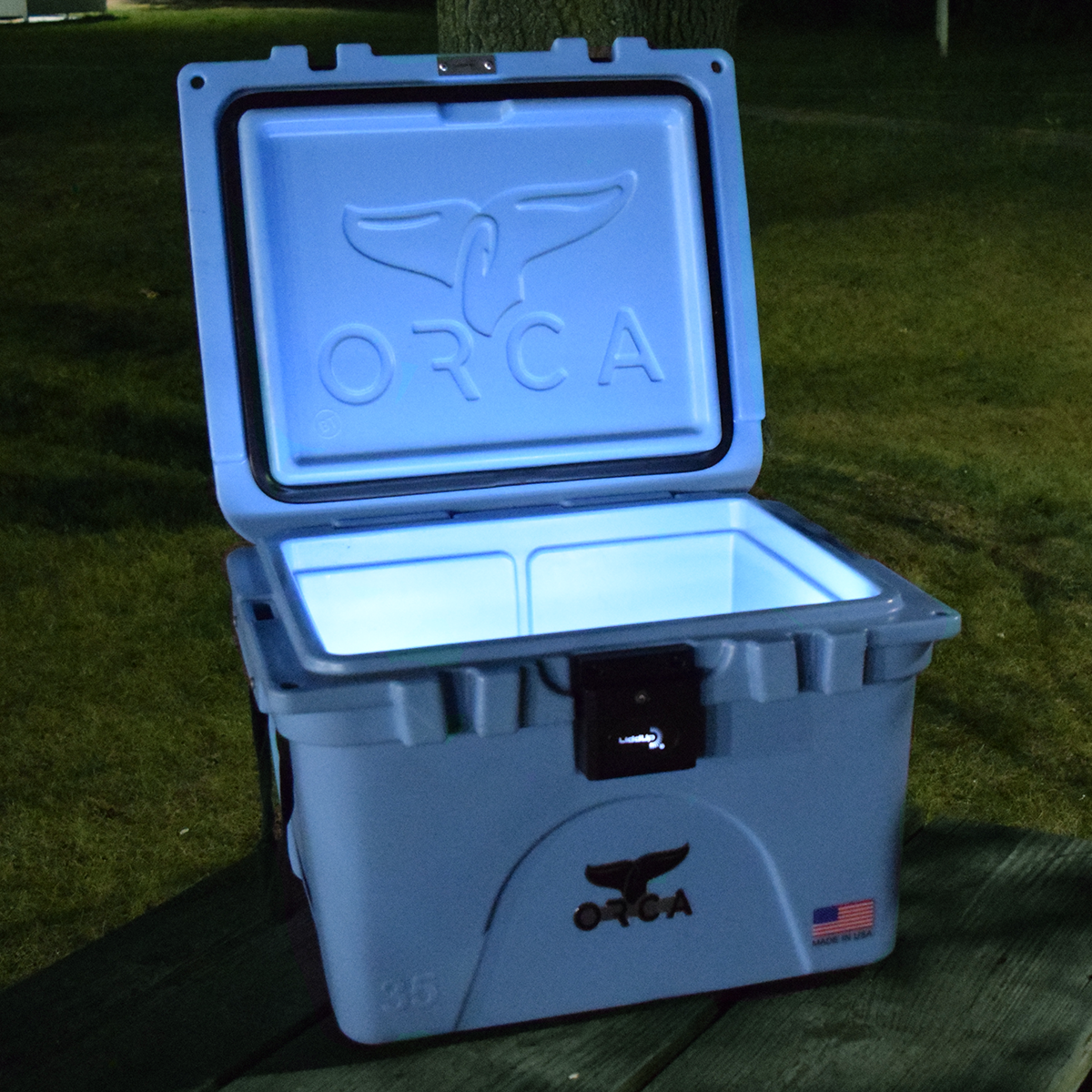 The Perfect Cooler For Outdoor Tailgates Picnics And Barbecues Liddup S Patented Led Lighting System Will Keep The Party Orca Cooler Box Led Lighting System