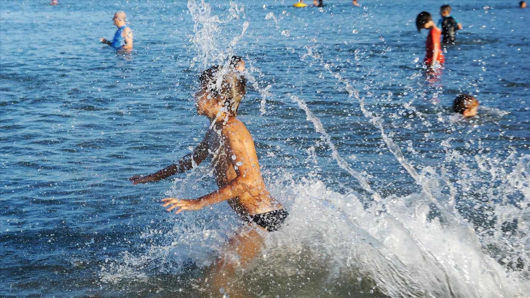 Home remedies avoid scratching swimmers itch swimmers