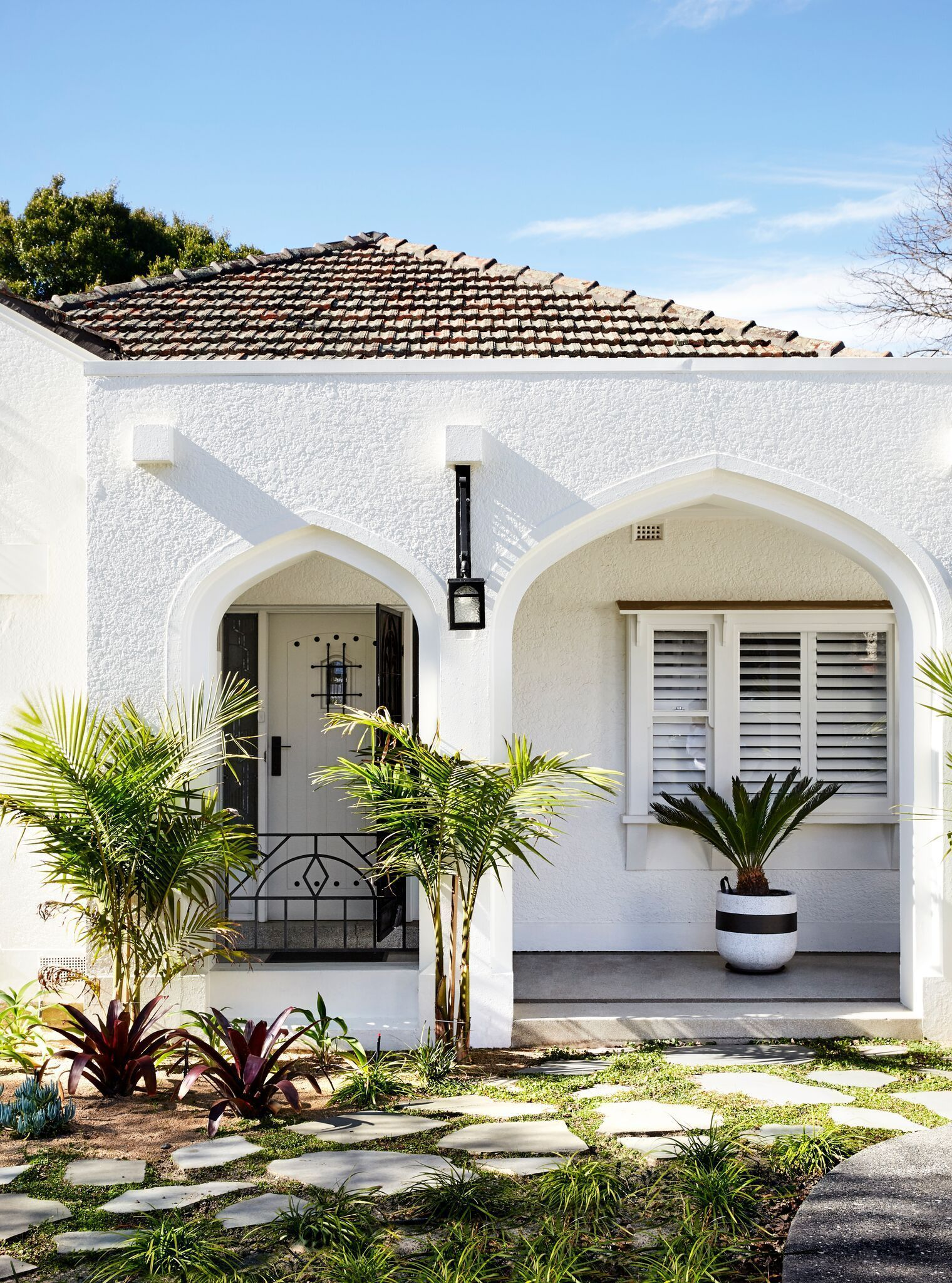 Australian Design And Architecture In 2020 Spanish Style Homes Mission House Mediterranean Style Homes