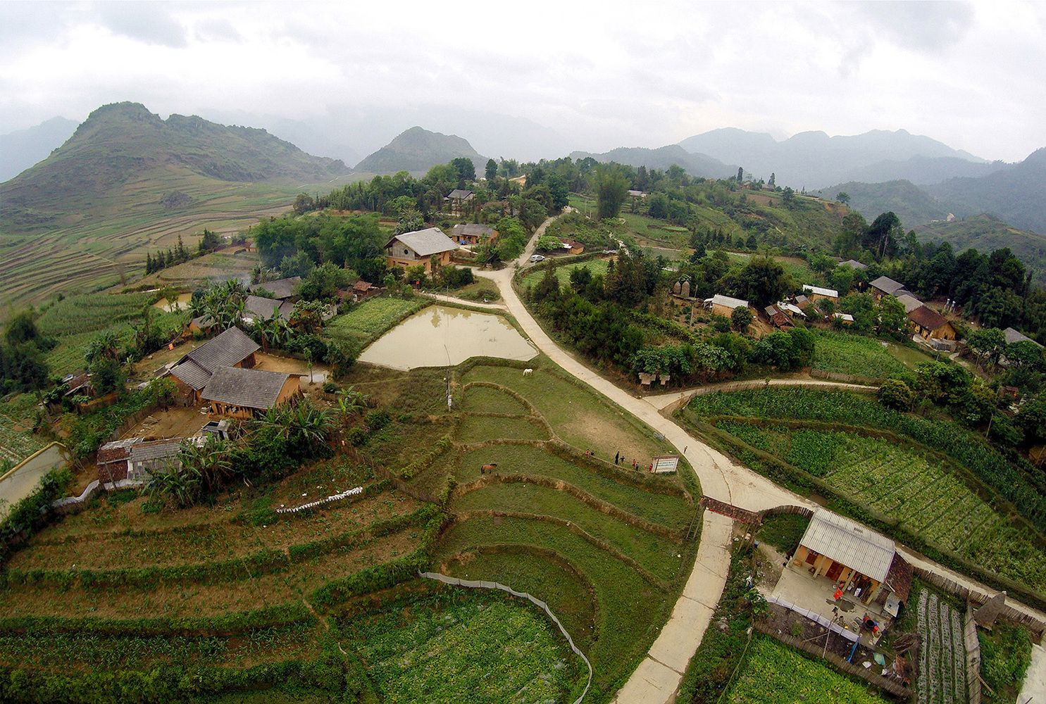 Gallery - Nam Dam Homestay and Community House / 1+1>2 Architects - 9