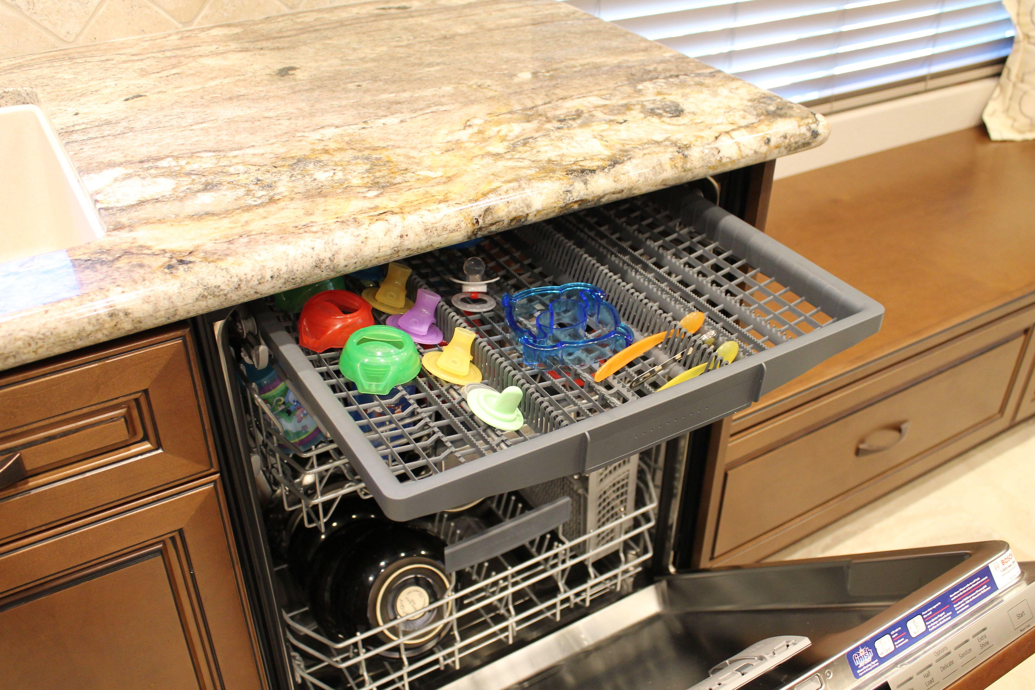 Bosch Dishwasher 800 Series Panel Ready Dwith 3rd Rack And San Luiz Granite Counter Bosch Dishwasher 800 Bosch Dishwashers Granite Counters