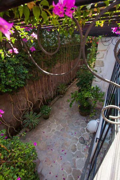 Tropical Garden Design At Villa Mimine By Bali Landscape Company #bali  #landscape #landscapedesign