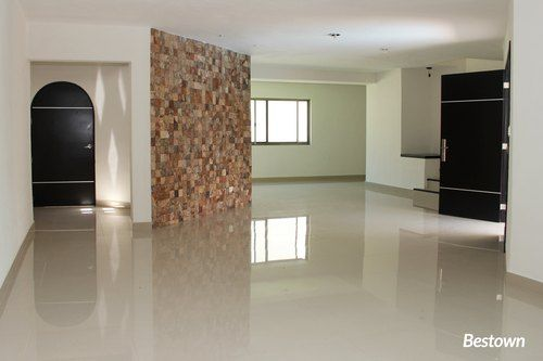 El arquitecto de sta casa combino el estilo californiano for Losetas para pisos interiores