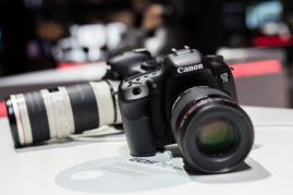 Canon präsentiert das neue Model der Digitalspiegelreflexkamera (DSLR) Canon EOS 7D Mark II, 33. Photokina 2014 - Internationale Fotofachmesse in Köln http://blog.ks-fotografie.net/fotothemen/photokina/photokina-2016-eintrittskarten-gewinnspiel/