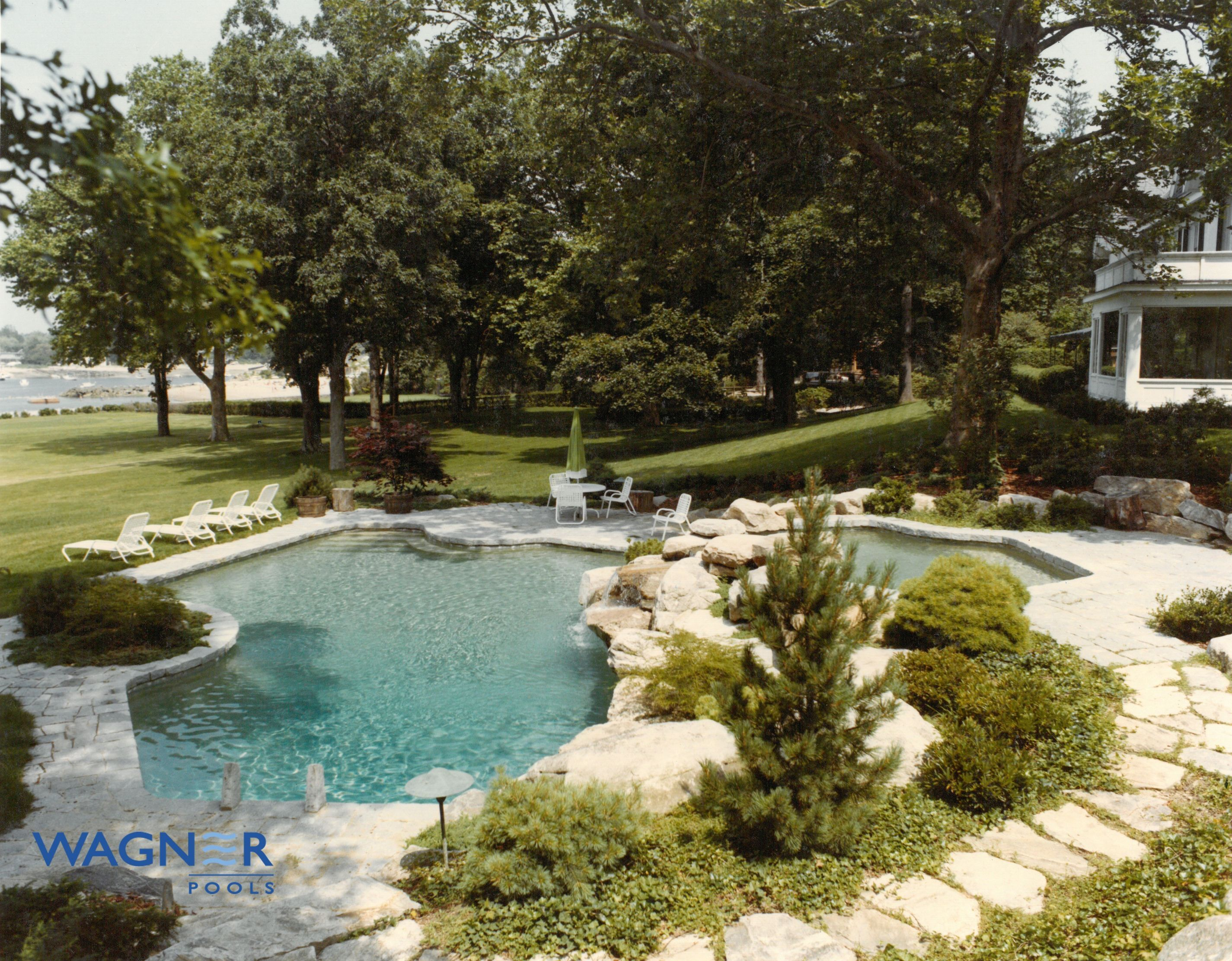 Natural Shape Gunite Swimming Pool, Caribbean Blue Pebble Finish, In Floor  Cleaning System,