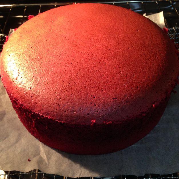 Red velvet sponge cake