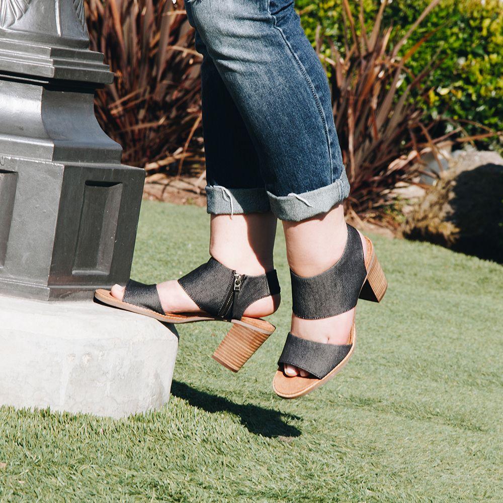 Toms Majorca Cutout Women Sandals in