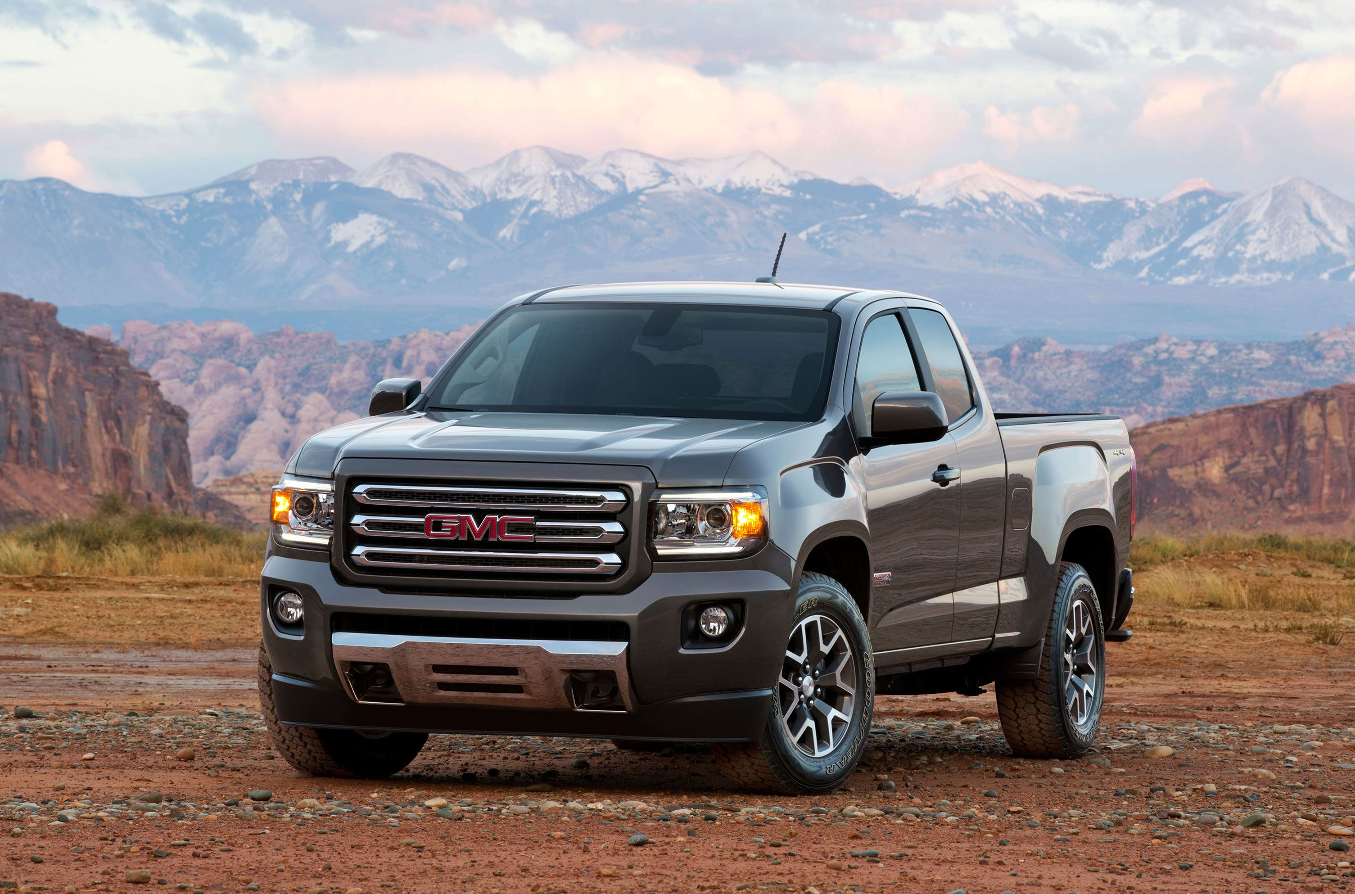 2015 Best Resale Value Award Winners Announced By Kelley Blue Book Gmc Canyon Canyon Diesel 2016 Gmc Canyon