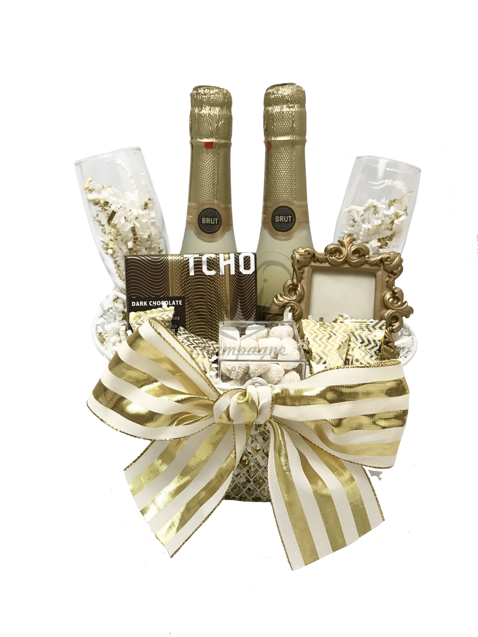 The Gold Champagne Toast Gift Basket is available for same day delivery in  Las Vegas 30a8c02acea55