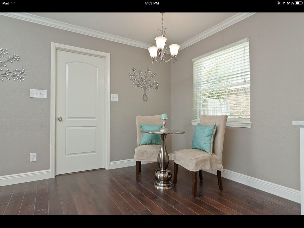 Behr perfect taupe for the master love it with the pop for Taupe color