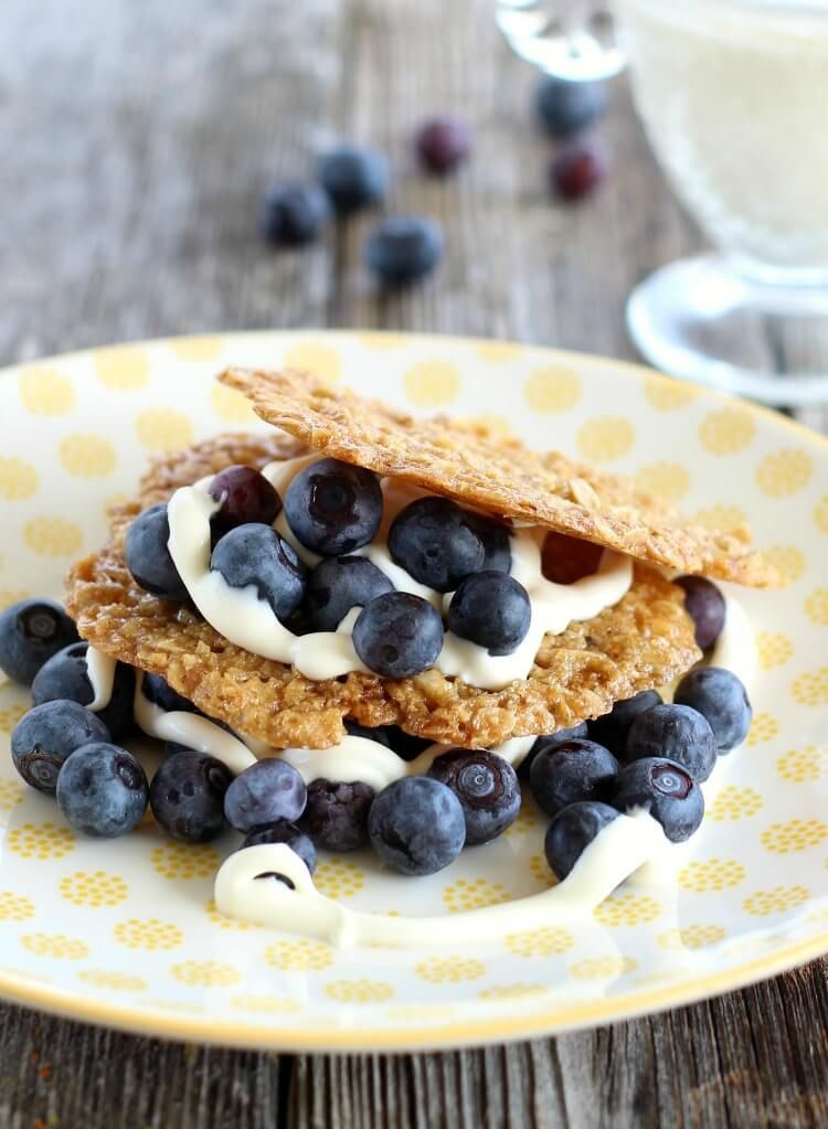 Oatmeal cookies become crispy and lacy with these versatile oatmeal cookie crisps. Serve plain or with fruit, yogurt or creme fraiche.