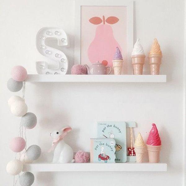 organize-room-bebe-shelves-cool