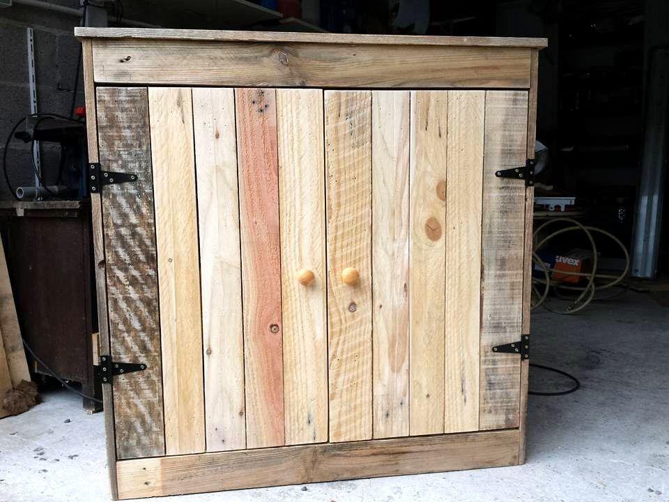Mini Pallet Cabinet 960×720 Pixels
