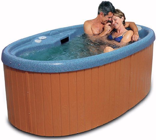 The Best Small 2 Person Hot Tubs for Romantic Relaxing