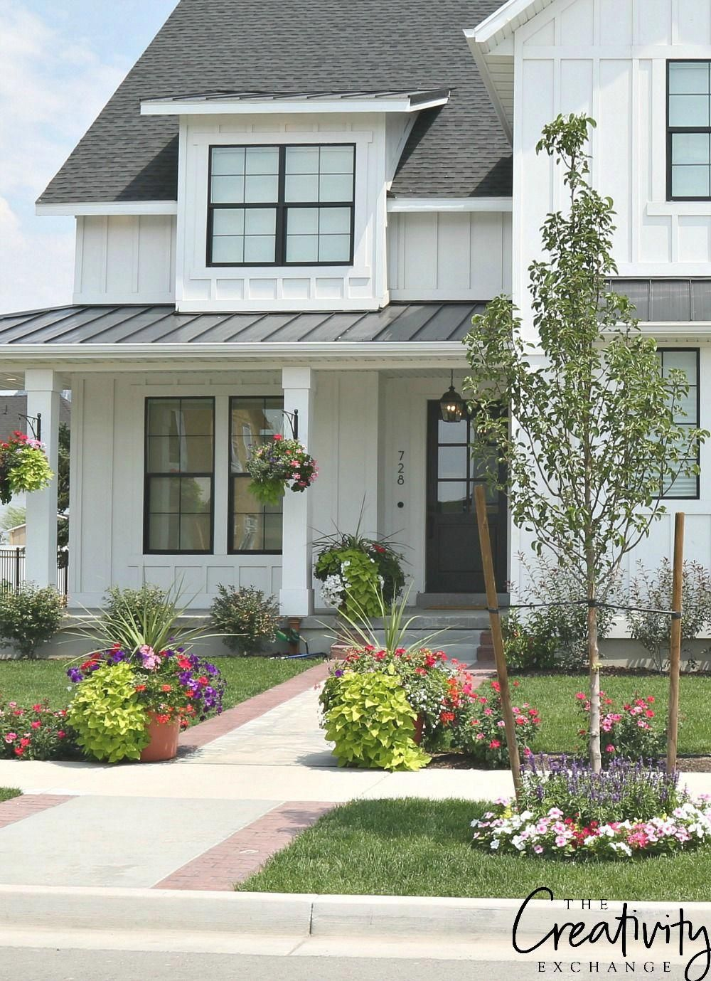 How Modern Farmhouse Exteriors Are Evolving Farmhouse Exterior Modern Farmhouse Exterior Farmhouse Exterior Colors