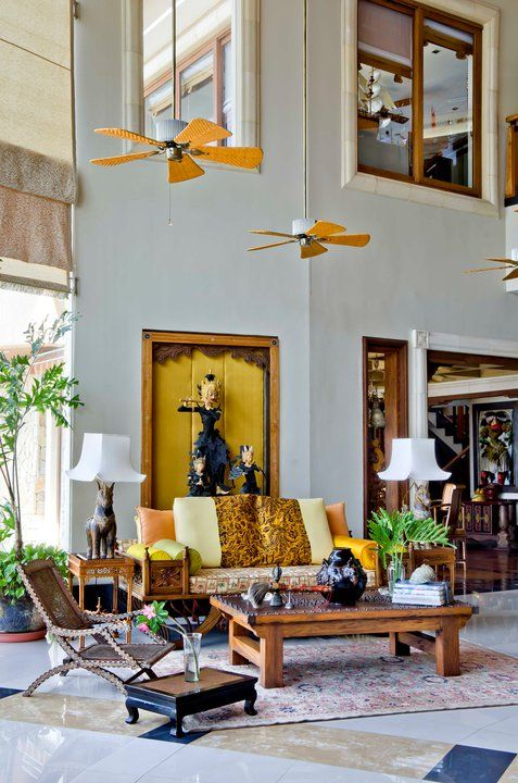 The Asian Ecclectic Decor Of A Seaside Vacation Home.