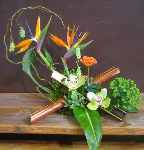 Bamboo is such a wonderful asset to our designs. Use this gift from nature, and wow your audience. http://diyfloralanddecor.com/?p=3519