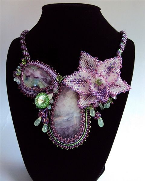 Beaded jewelry by Natalia Savelieva. Love this piece!  Curleytop1.