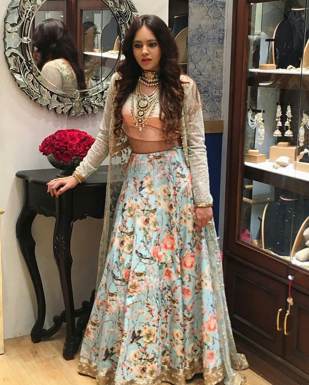 1bd7d3b1c9 Pin by Seerat Dhillon on Pretty Indian | Indian designer wear ...