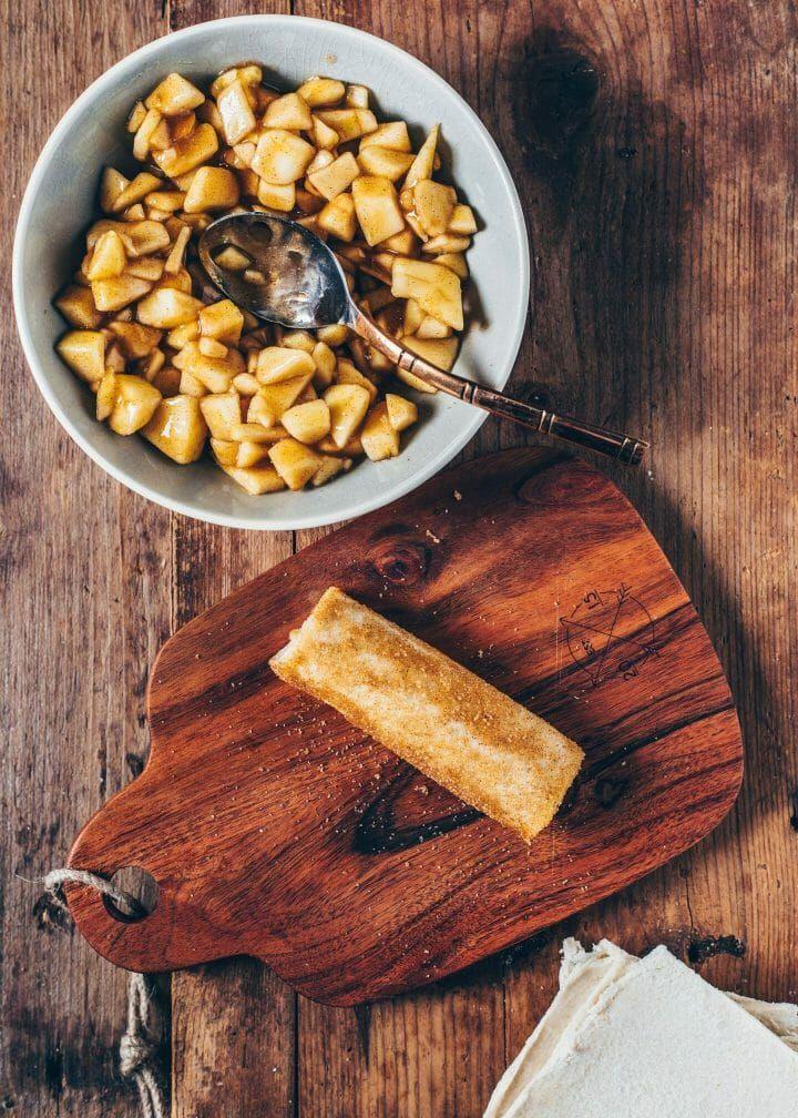 Apple Pie Roll-Ups (Baked Vegan French Toast) - Bianca Zapatka   Recipes