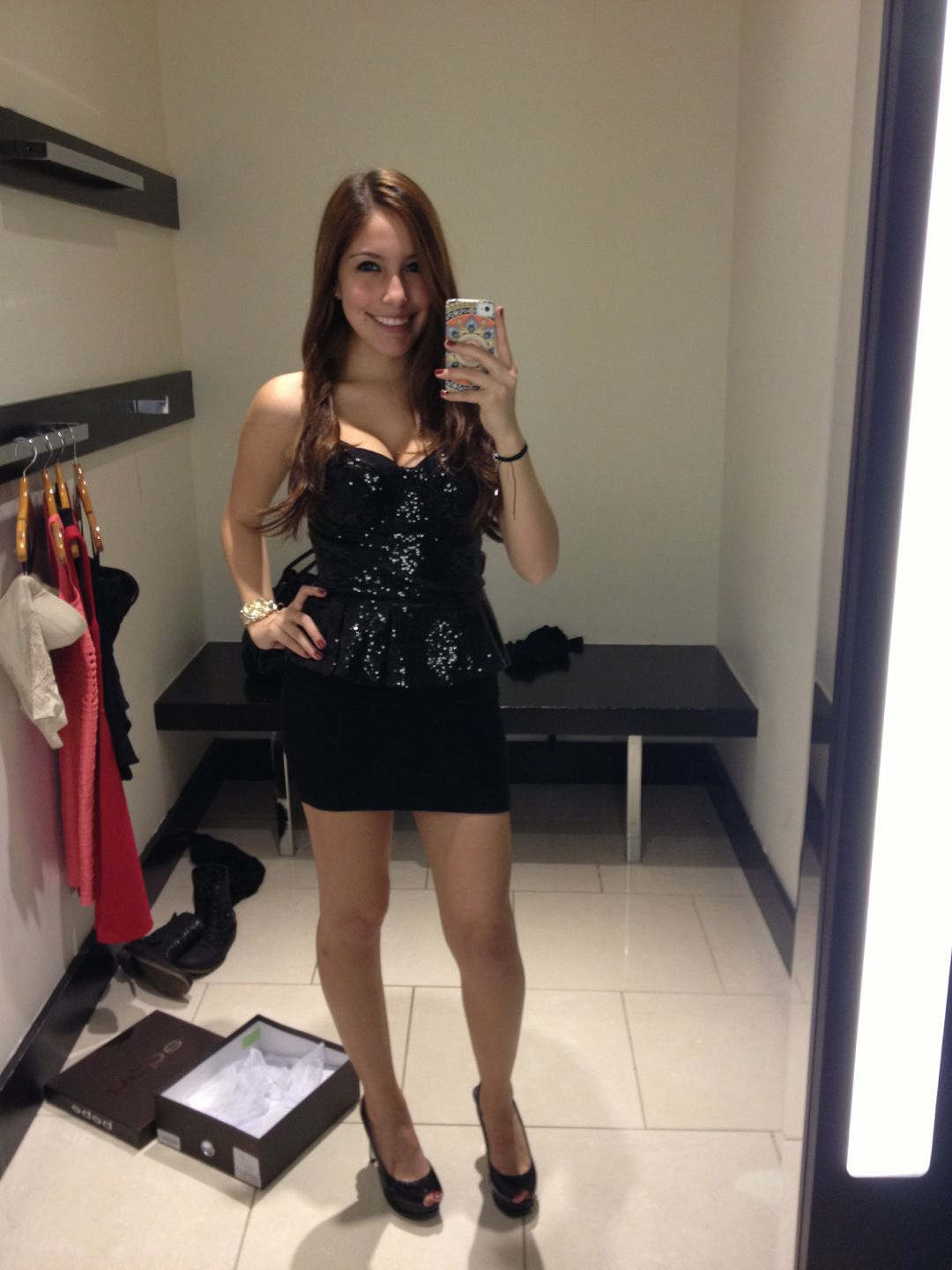 Super hot dressing room cam at camsoda catching teens getting dressed