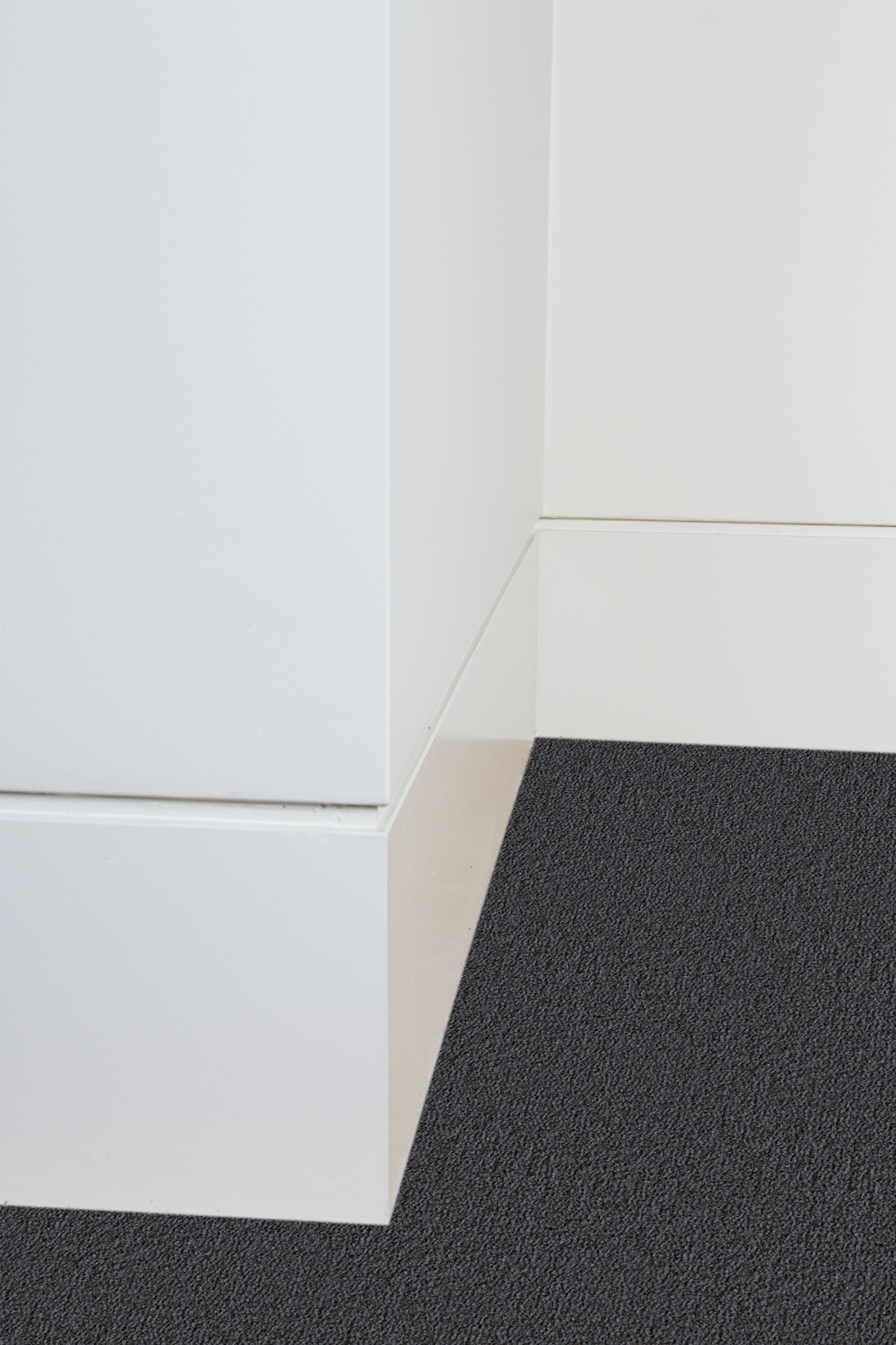 Shadowline System 800 Series Skirting Enquire For Price Modern Baseboards Baseboards Moldings And Trim