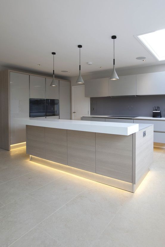 uma cozinha moderna com ilha cozinha moderna ilhas e. Black Bedroom Furniture Sets. Home Design Ideas