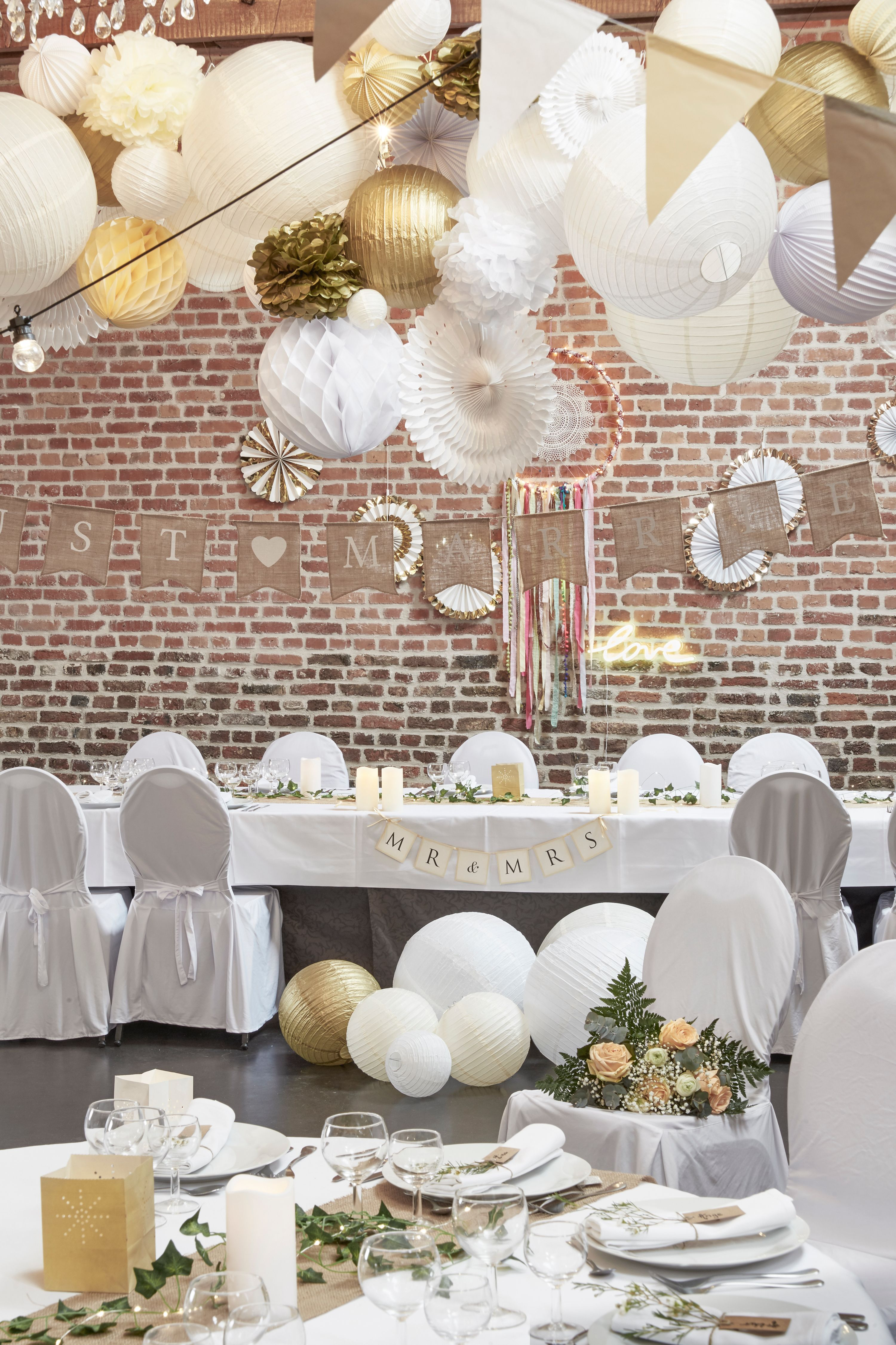 Guirlande Just Married Boule Japonaise Or Ivoire Blanc Guirlande Guinguette Ampoules Decoration Table Mariage Champetre