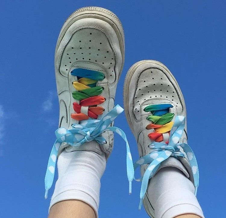 good out x best deals on top quality sky and shoes.. aesthetic! 🌈   Inspiration   Chaussure mode ...