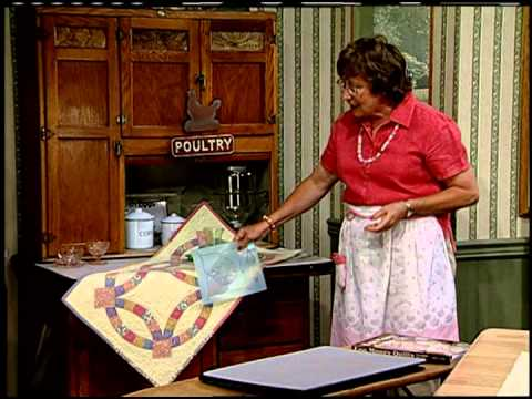 """(217) Egg Money Quilts """"Double Wedding Ring"""" YouTube"""