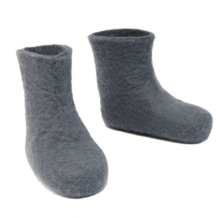 Kids' felt booties with non-slip sole. Shop here: www.hardtofind.com.au