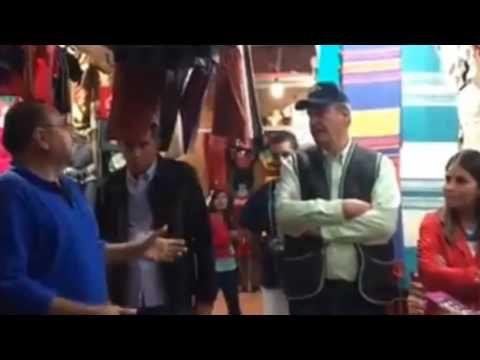 Ciudadano encara a Vicente Fox, le dice inútil y mantenido