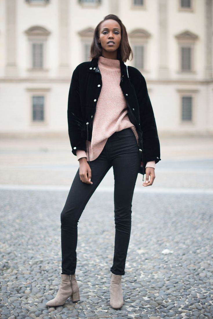da0ddb77976 12 Chic Ways to Rock Black Skinny Jeans  Black and Pink Outfit With Skinny  Jeans