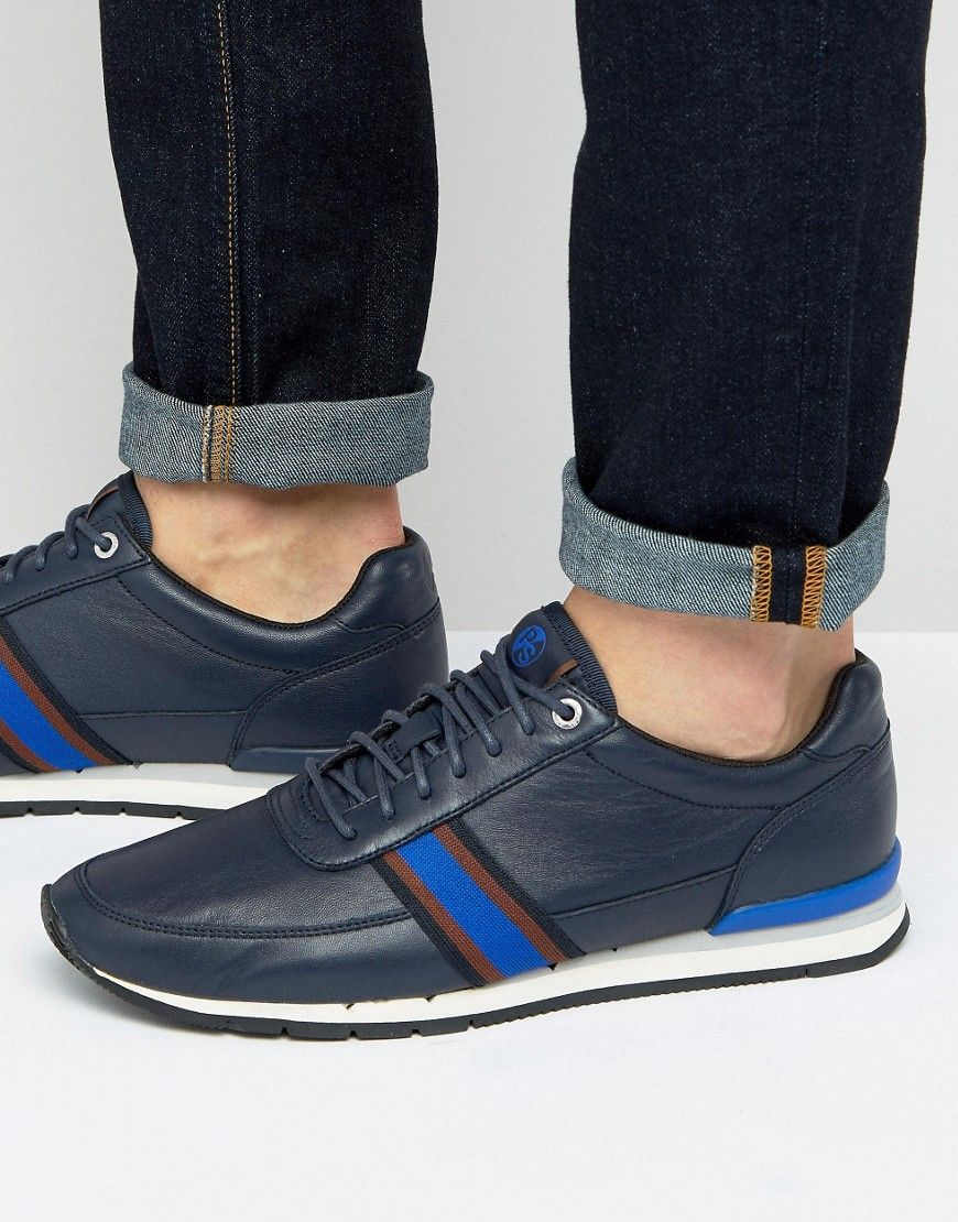 Get this Paul Smith's sneakers now