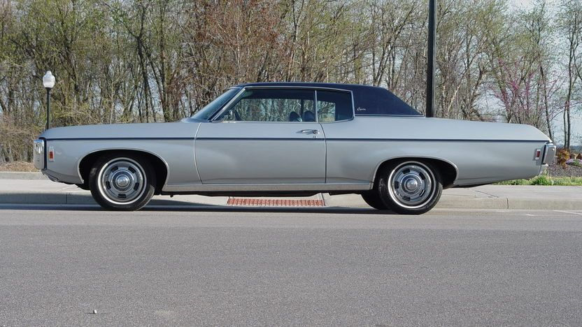 1969 Chevrolet Caprice - 2   Chevrolet chevelle classic cars