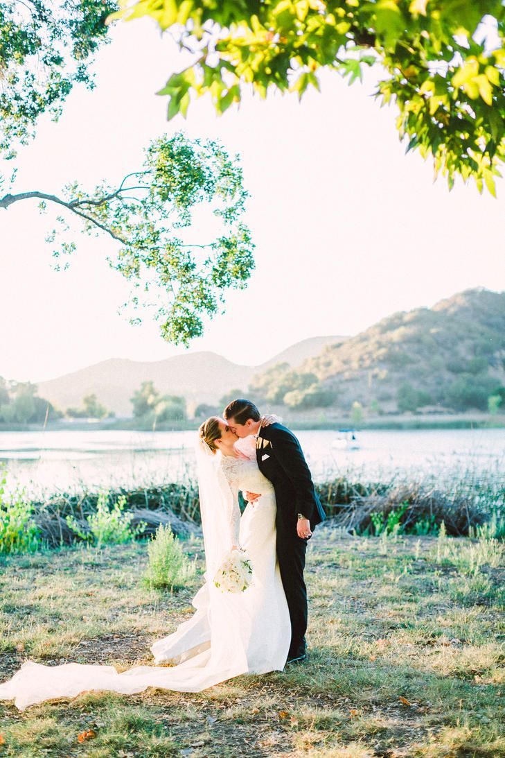 Formal, classic wedding at Sherwood Country Club in