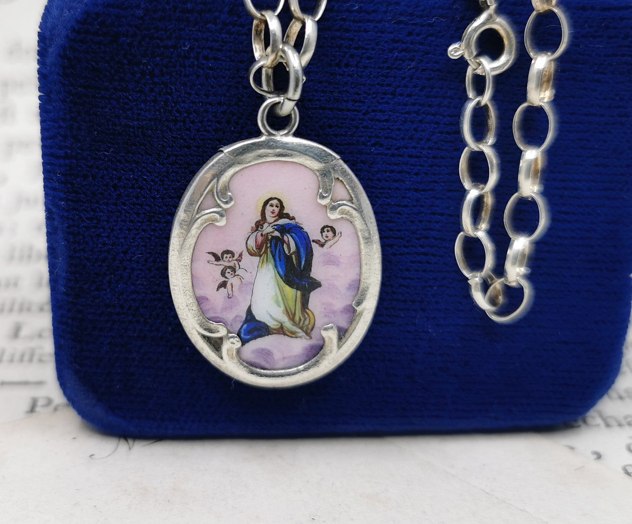 Vintage 925 Sterling Silver Virgin Mother Mary Religious Charm Pendant