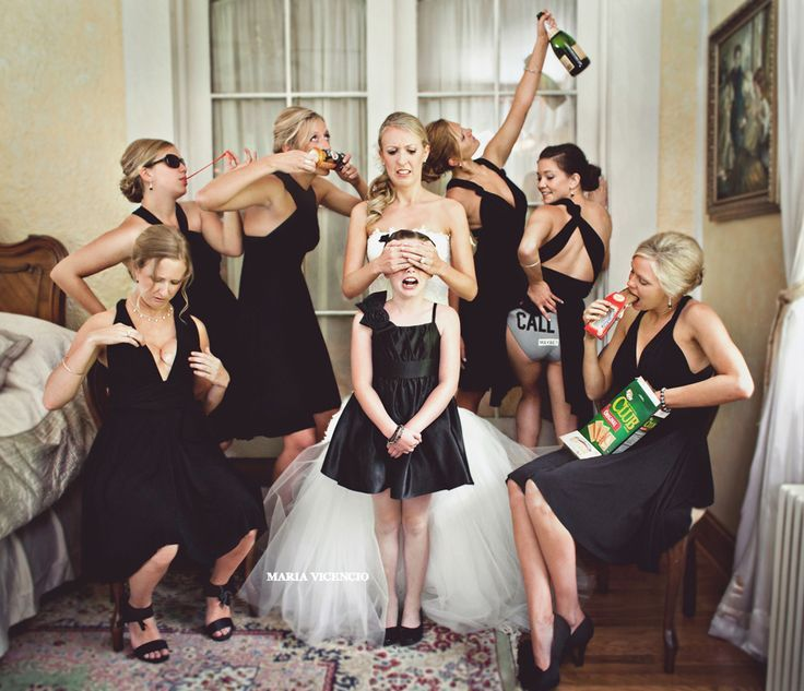 20 Awesome Photo Ideas For Wedding Parties Who Know How To Have Fun