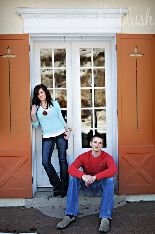adult sibling photo ideas | Adult Sibling Photo Ideas / Could work for adult m/f sibling. Blush ...