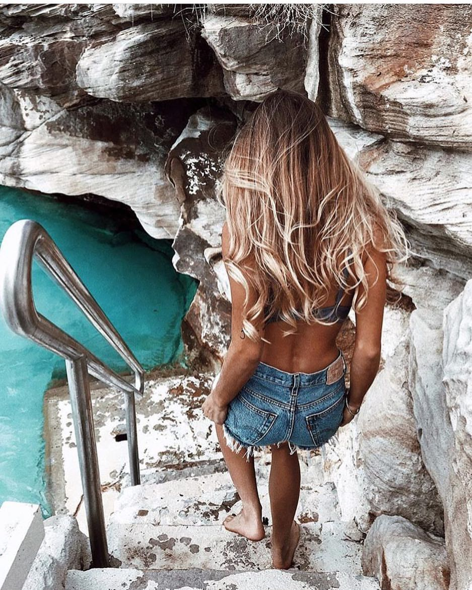 """2,215 Likes, 8 Comments - Inspiration (@iinspo_goals) on Instagram: """"Ocean🌊🌍💙 . . . #inspo #inspiration #goals #blonde #fashion #summer #beautiful #gorgeous #love…"""""""