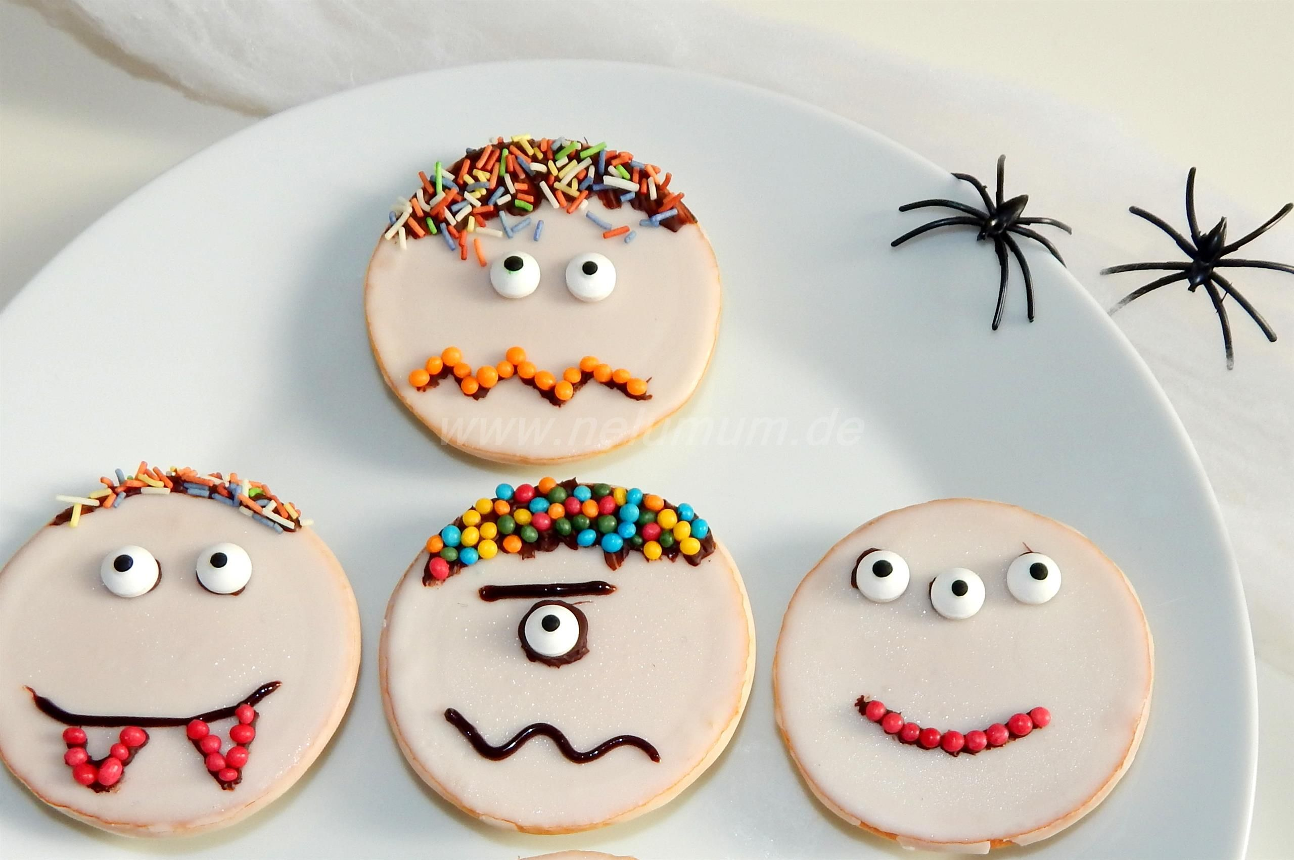 Süße Monster zu Halloween